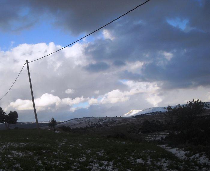 Ayt lmane : the snow  falling