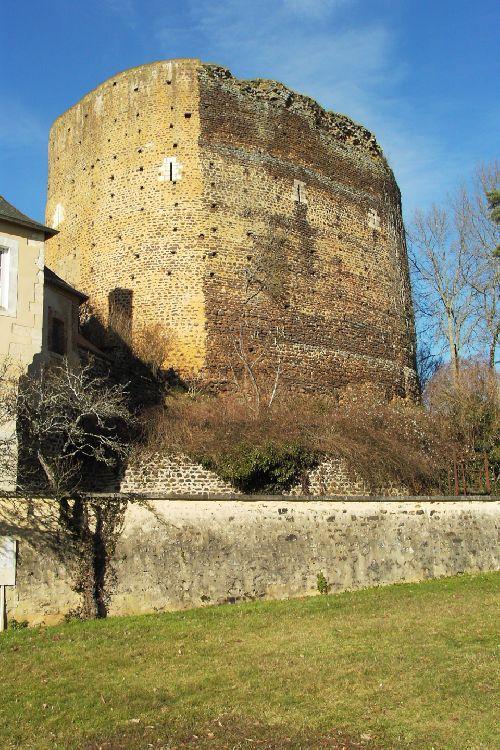 Tour Sarazine  St-Sauveur en Puisaye