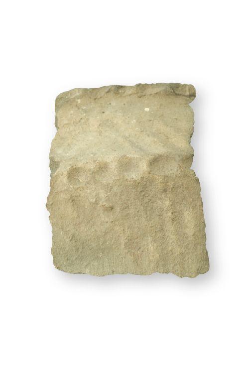 Fragment d'urne funéraire (Ph. Laurent Crassous)