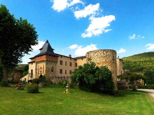 Chateau de la Hille (Ph. Laurent Crassous)