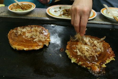 Tenjinbashisuji-Shopping-Street-–-Osaka-chigusa-Okonomiyaki-017.jpg