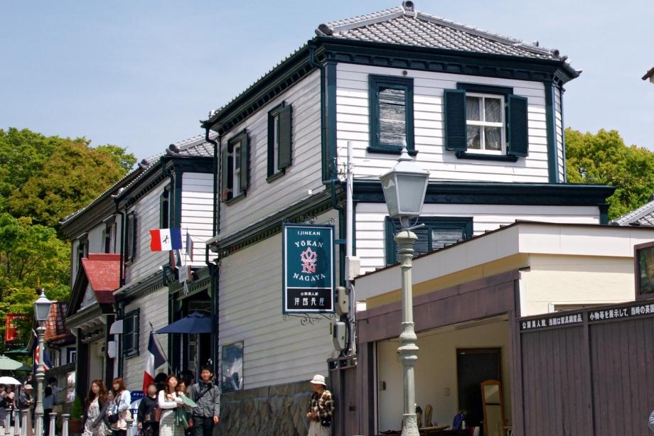 Kitano_Street_Kobe02s3s4272.jpg