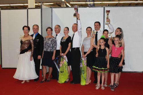 Le Club DANSES A DEUX DU VAL DE L'EYRE au Championnat de france