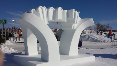 Arche du temps International de sculpture sur neige du carnaval de Québec 2014.jpg