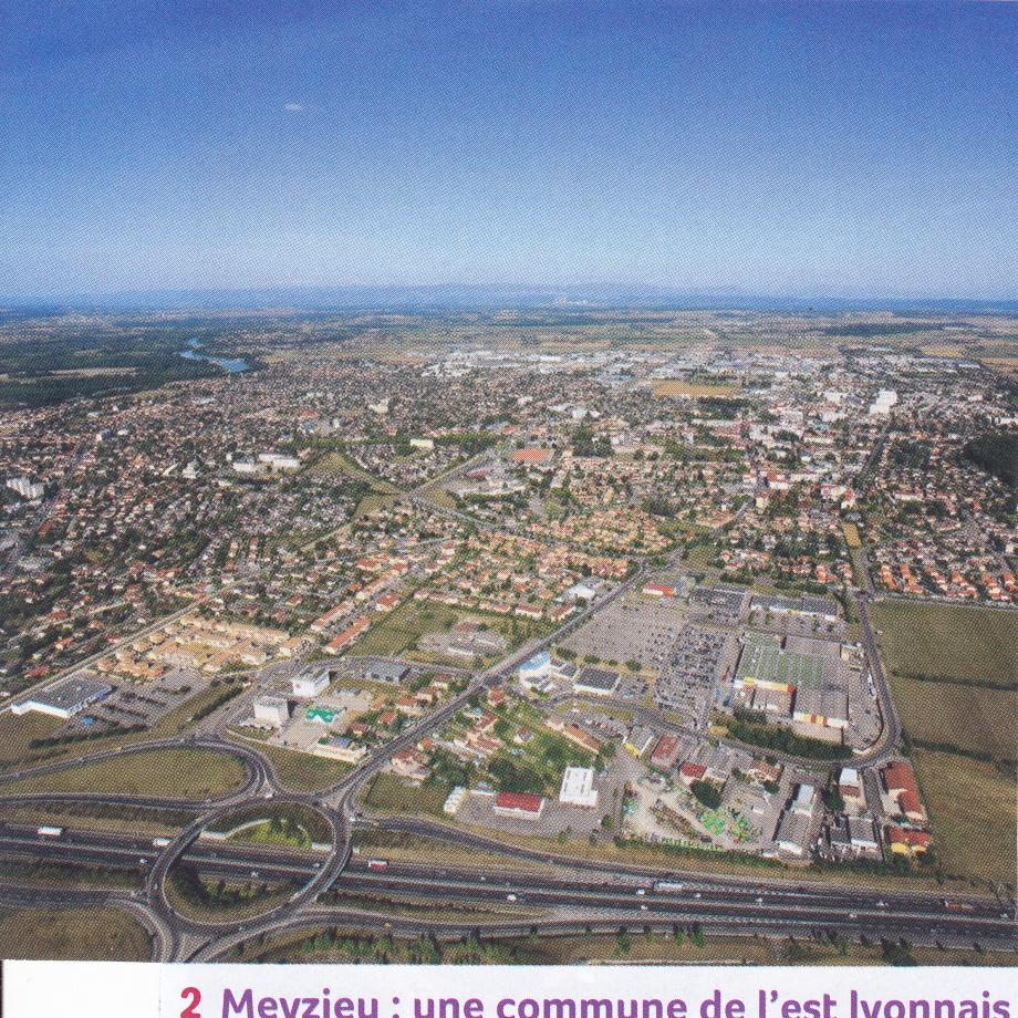 Meyzieu. Photo aérienne.jpg