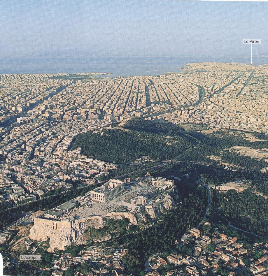 Athènes actuelle. Vue aérienne.jpg