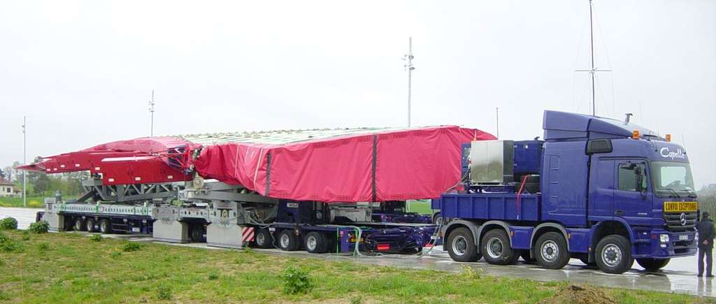 Airbus. Transport éléments 2.jpg