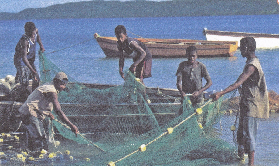 Madagascar. Pêche pirogue.jpg