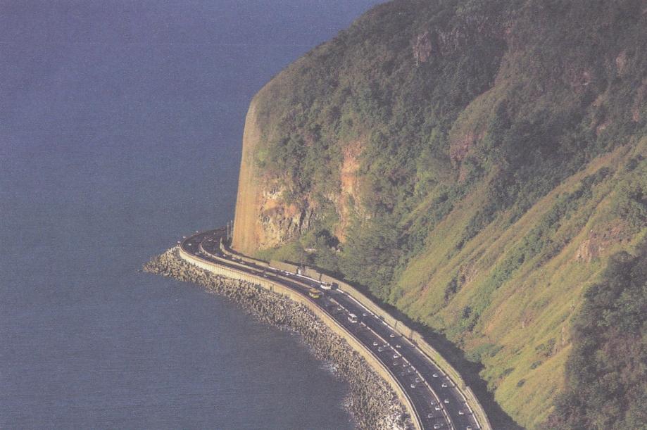 La Réunion. Route littorale.jpg