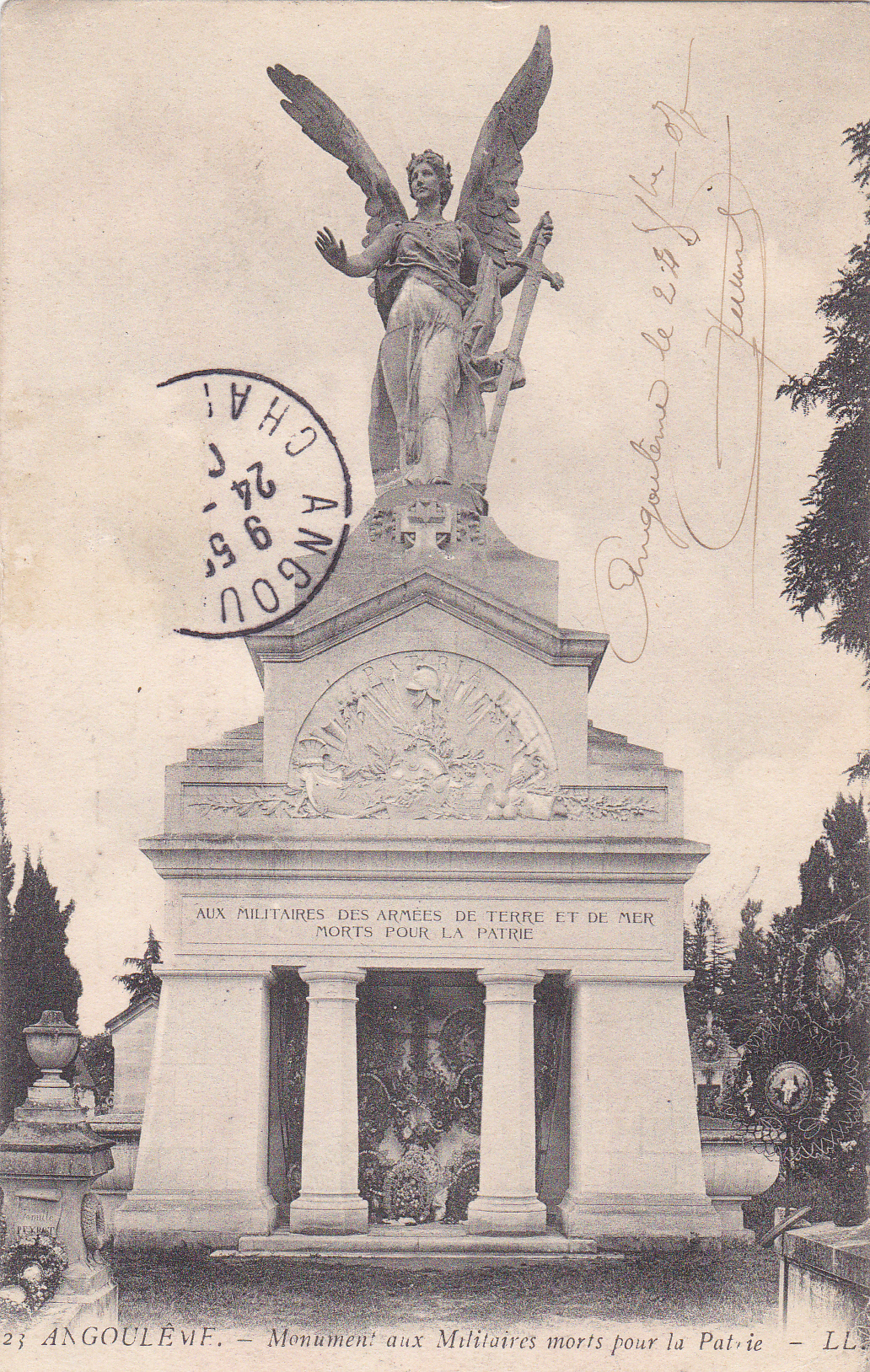 16 Angoulème A.jpg