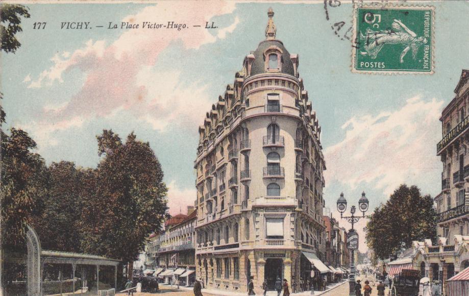 03. Vichy LL 177-2.jpg