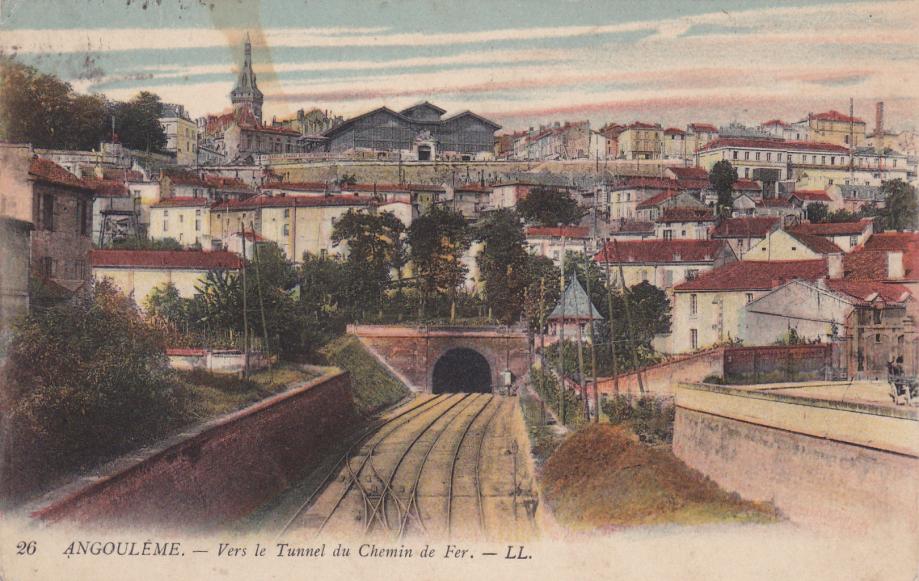 16. Angoulème LL 26-2.jpg