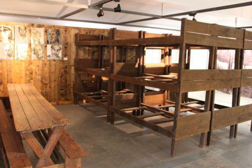 Les barraques (intérieur)
