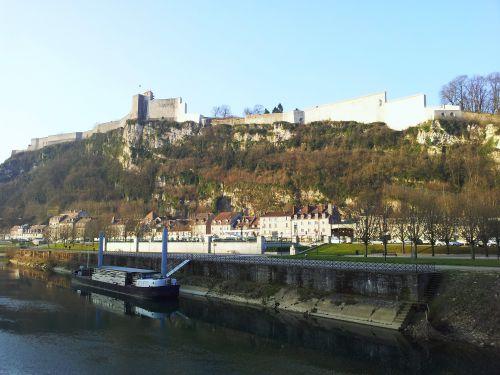 Citadelle vue du pont de Brégille