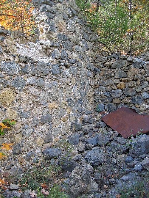 Saint Pierre de Péone - Reste des installations minières