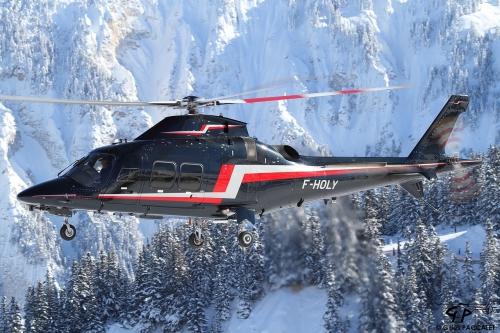 4140_F-HOLY_Agusta-AW109SP_cn22242.JPG