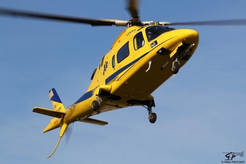 4933-F-GLEF_Agusta_A109E-Power_cn110272014_09_27_4657.JPG