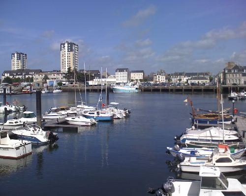 Avant port de Cherbourg-Octeville - Quai de Caligny (Normandie-France)
