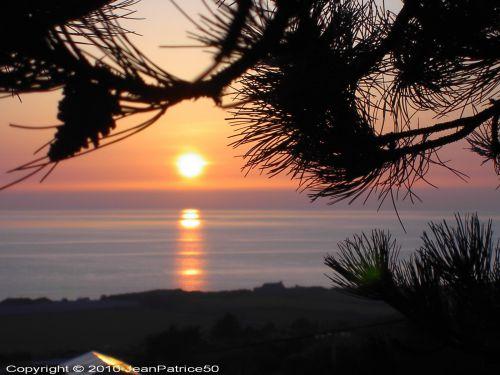 Coucher de soleil le 18 avril 2010 à Vauville_3 (Cotentin - Normandie - France)