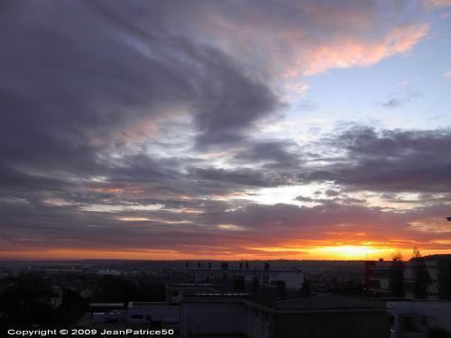 Lever de soleil  le 22 octobre 2009 à Cherbourg-Octeville  (Cotentin - Normandie - France)