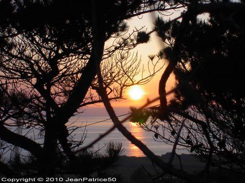 Coucher de soleil le 18 avril 2010 à Vauville_2  (Cotentin - Normandie - France)