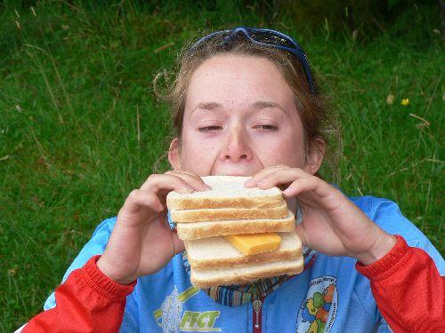 et quand on a moins de chance : du pain de mie et du scheddar !