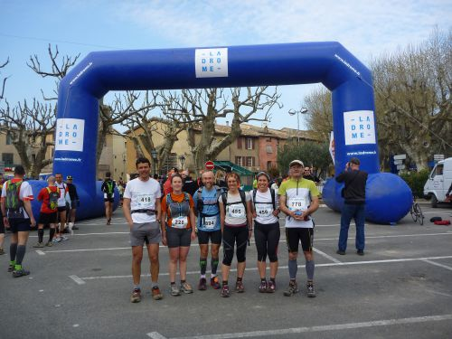 L'équipe au complet : Kévin, céline, Coco, Jeanne, Marianne, Denis