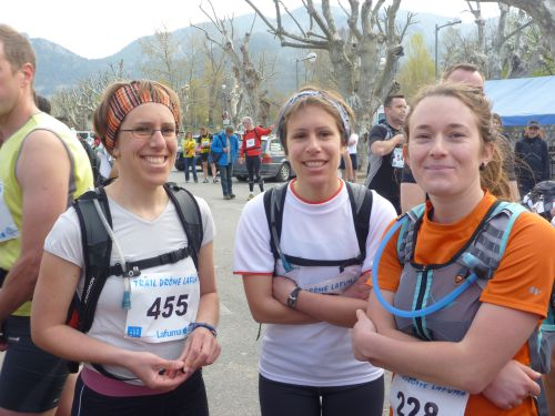 ... notre trio de féminines...