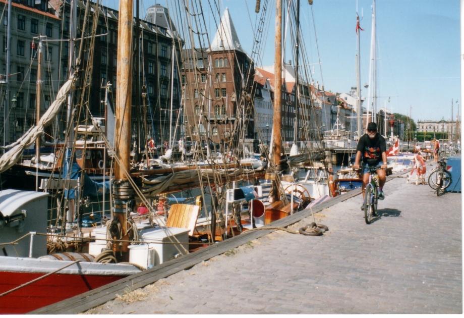 Copenhage à vélo.jpg
