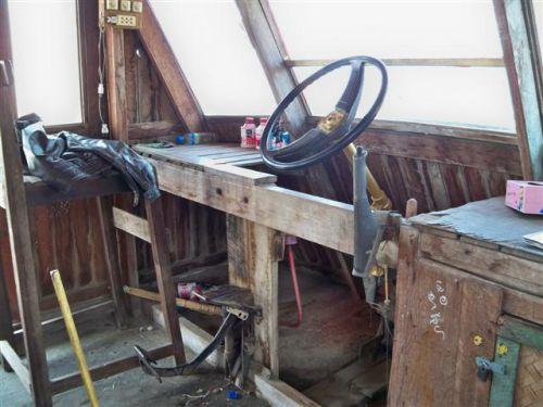 Le poste de pilotage de notre yacht!!