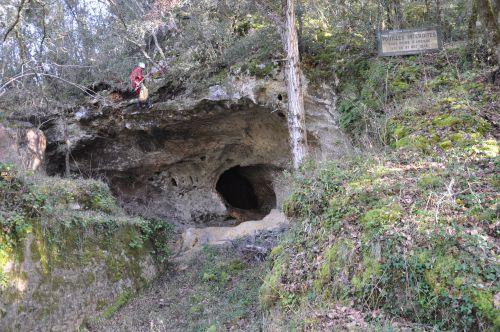 Grotte de Combe grenal