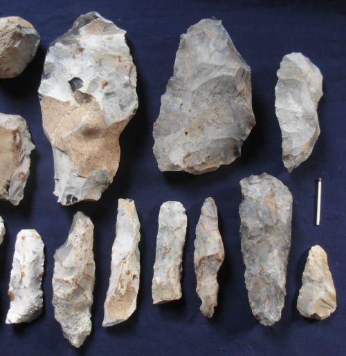 Outils du Néolithique ,région d'Arras (Picardie )coll Mlesplombs