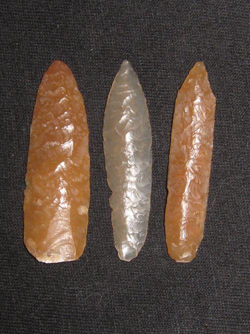 Pointes du  Néolithique ,  4 cm environ Niger ...............