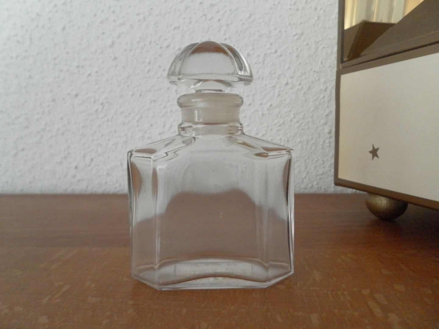 Guerlain ma collection de miniatures de parfum for Miroir quadrilobe