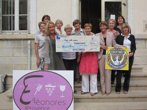 Remise du chèque de 20 000 € à l'association LES SOROPTIMISTS de Draguignan