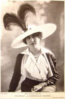 Chanel_hat_from_Les_Modes_1912.jpg