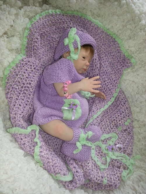Ensemble tricoté pour Saskia 004.jpg