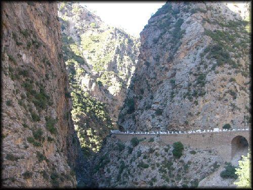 Kherrata (Les gorges du Chabet El Akhra, vue partielle)