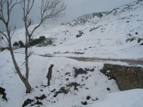Kherrata, Route enneigée