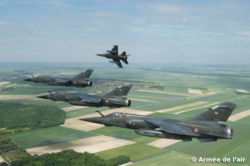 vol-en-formation-de-mirage-f1 (1).jpg