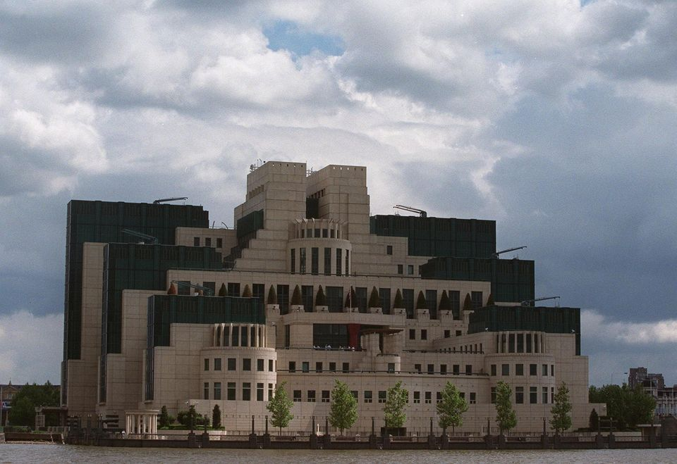 MI 6 general-view-of-head-office-for-britain-s-mi6-at-vauxhall-cross.jpg