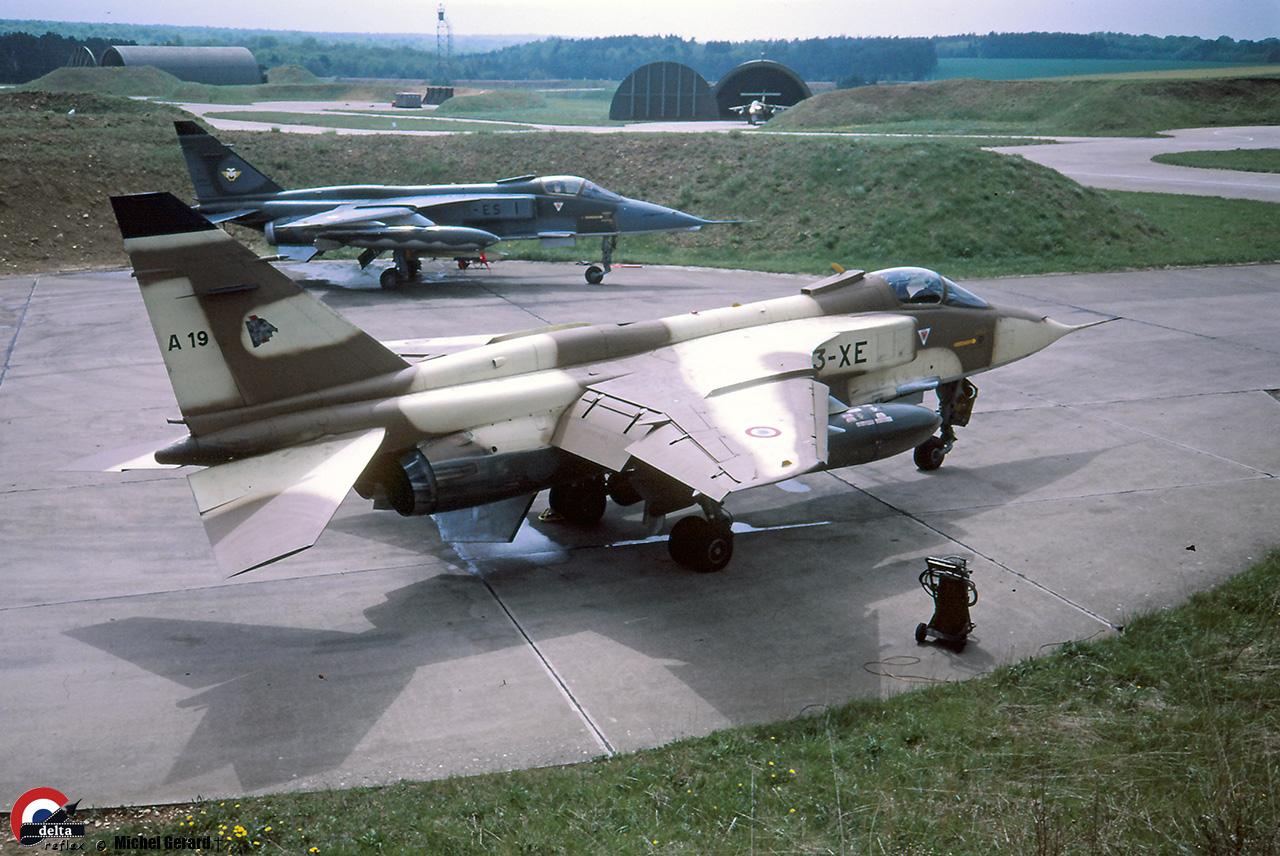 Jag-A19-3-XE-mai-87-ph-M-Gerard.jpg