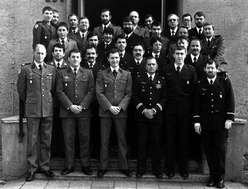 Photo de groupe 1982 parmi tant d'autres