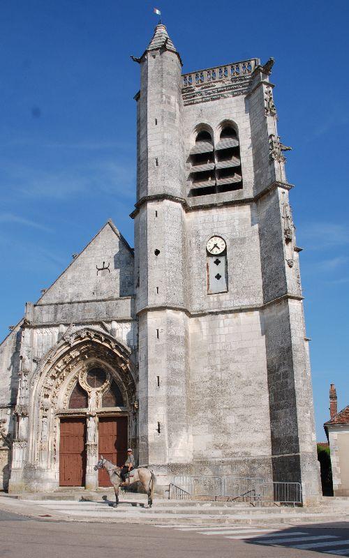 Églises ou mosquées: coeurs de village