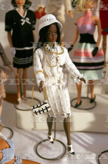 michele vergara barbie noire.jpg