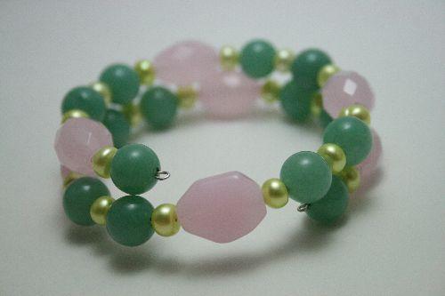 Bracelet Perles de culture, jade et rose