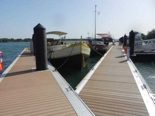 aramon blog port ariane fluvial hélios vixit ponton neuf.jpg