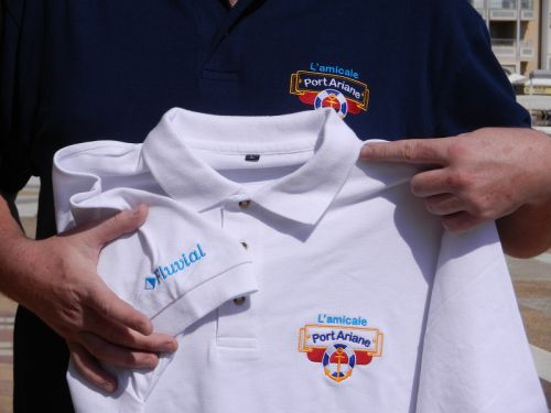 Septembre 2012, réalisation des premiers polos de l'amicale.
