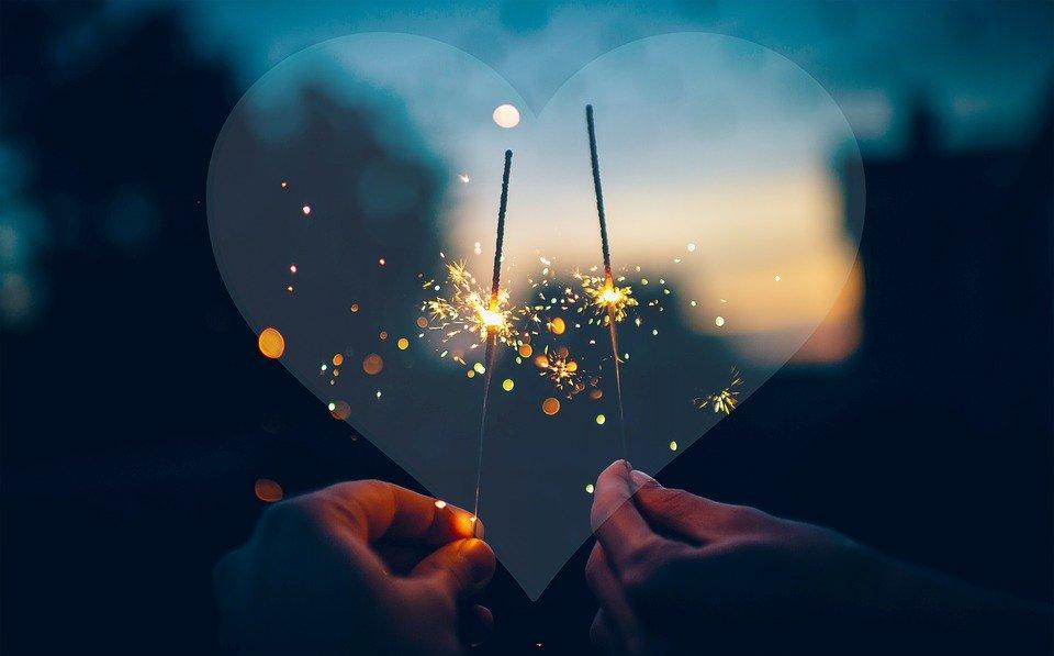 Mettons une ou deux bougies pour ce beau soir de fête, et paix dans le monde !