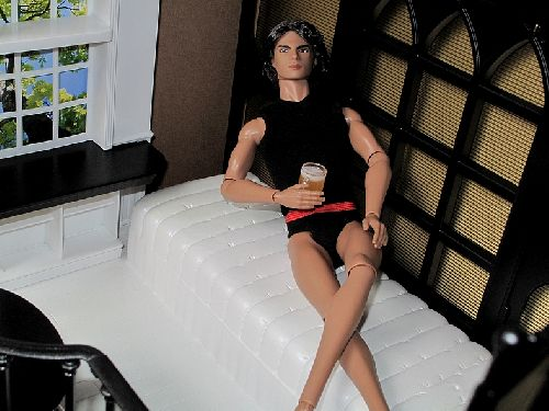 Pause détente pour Francisco, dans le loft